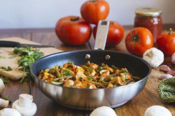 Tofu con judías verdes y champiñones en salsa de tomate 6