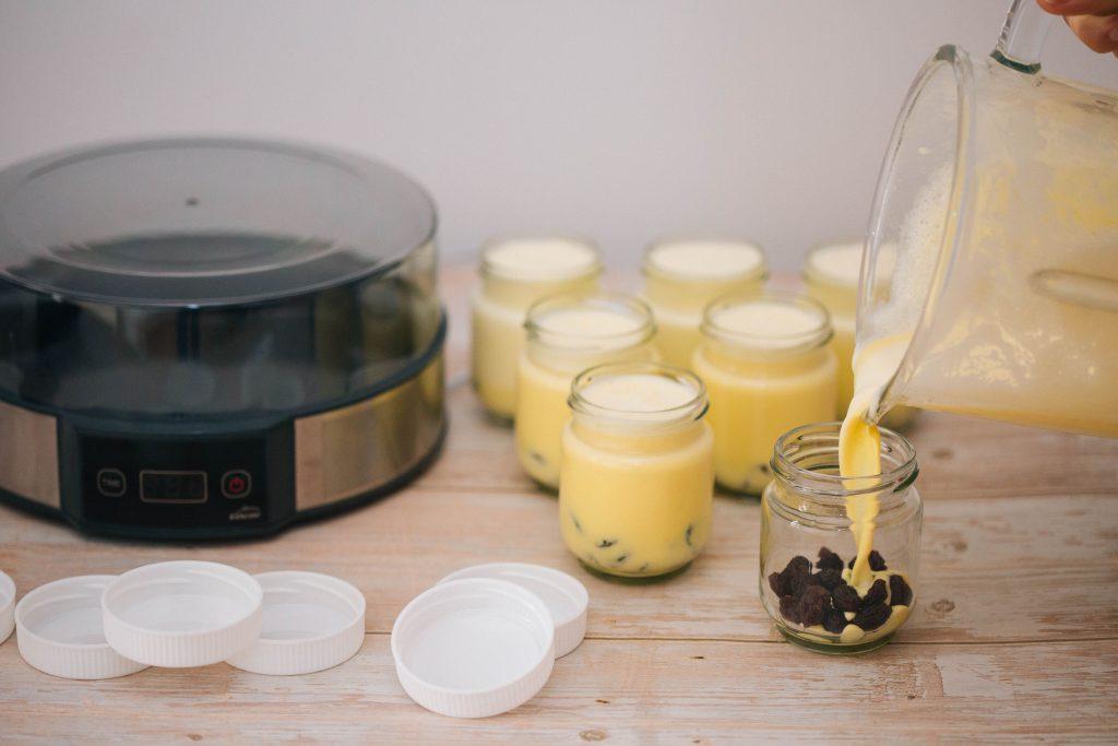 yoguresdeazafranenyogurteraLacor-4
